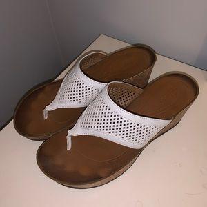 Clarks White Flip Flop